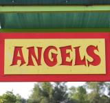 Free Photo - Angel sign
