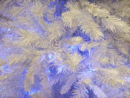 Purple and white Christmas tree - Free Stock Photo