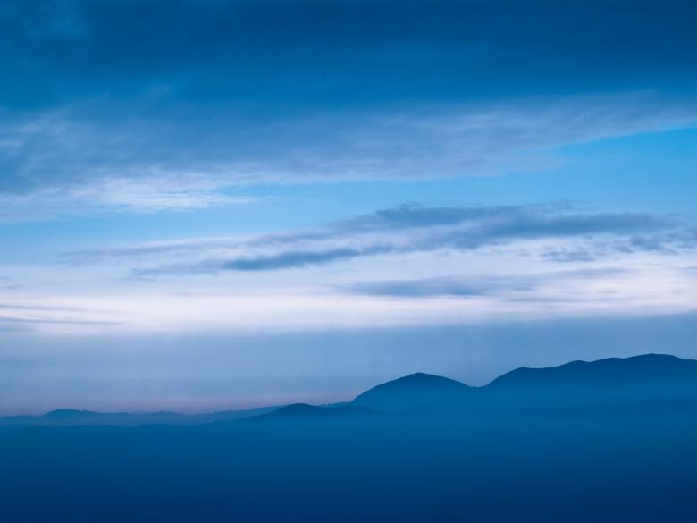 Free Stock Photo of Fogy mountain Created by Alen