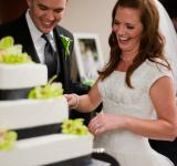 Free Photo - Cutting the wedding cake