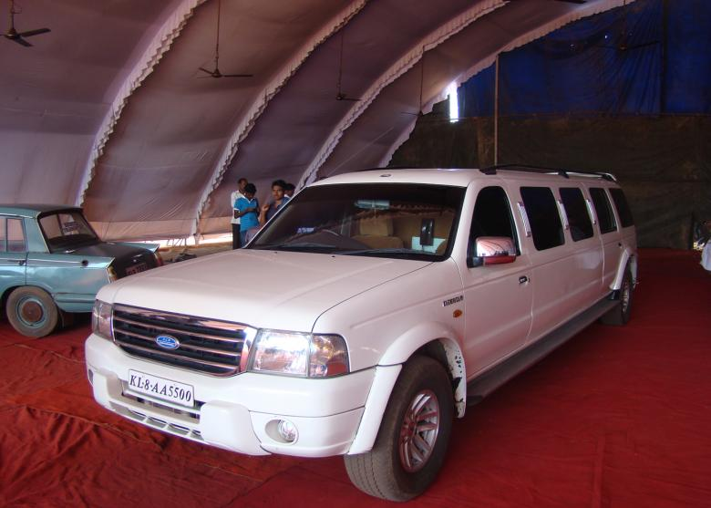 Free Stock Photo of Luxury Ford Limousine Created by Tona sam