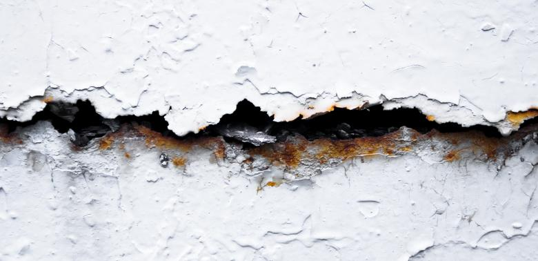 Free Stock Photo of Cracked Wall Created by 2happy