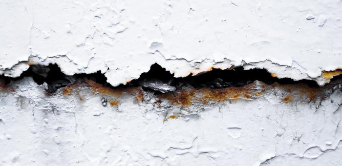 Cracked wall  - Free Stock Photo