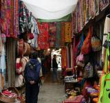 Free Photo - Narrow market street with shops