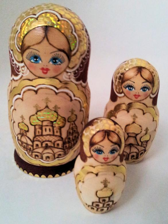 Free Stock Photo of Matryoshka dolls Created by David Pellon