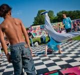 Free Photo - Children breakdancing