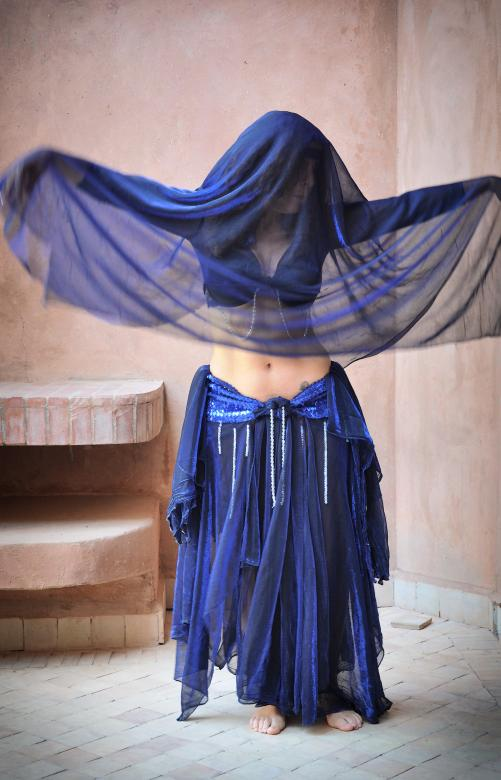 Free Stock Photo of Woman belly dancing Created by Merelize