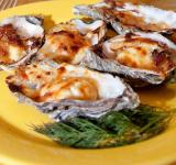 Free Photo - Oysters on plate