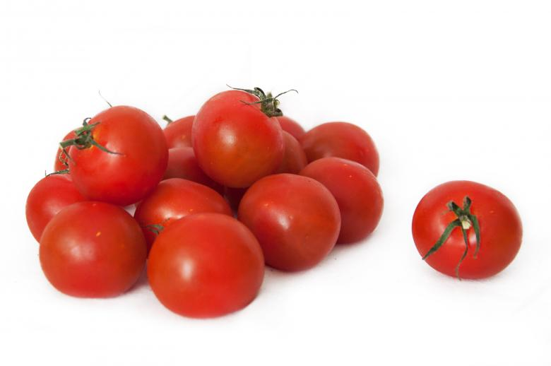 Free Stock Photo of Cherry tomatoes Created by Merelize