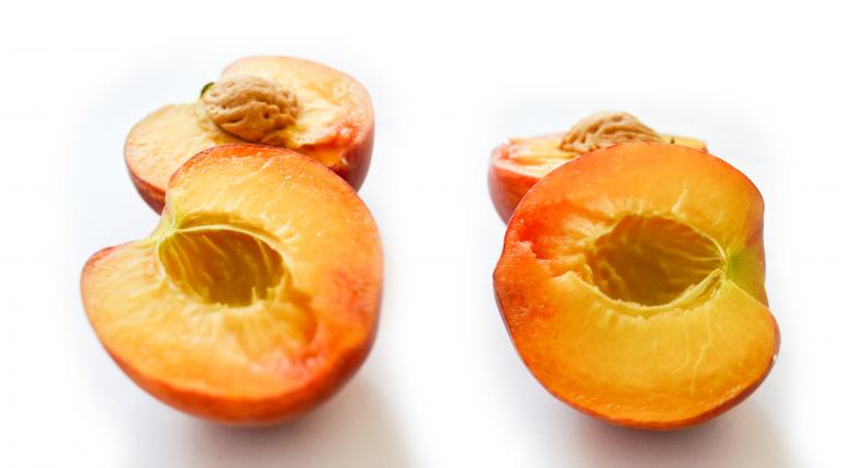 Free Stock Photo of Peach Created by Octavian