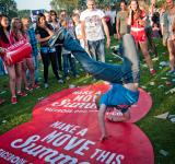 Free Photo - Kids breakdancing