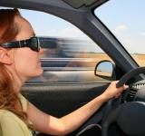 Free Photo - Woman driving a car