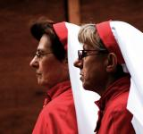 Free Photo - Two nuns