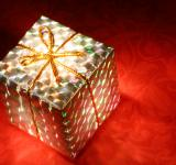 Free Photo - Glowing Gift Box
