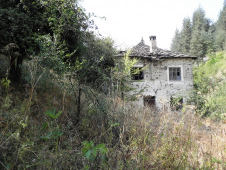 Old abandoned stone house - Free Stock Photo