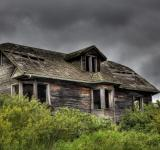 Free Photo - Dark Abandoned House