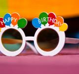 Free Photo - birthday glasses