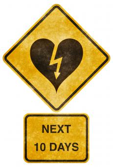 Crossing Road Grunge Sign - Heart-Strick - Free Stock Photo