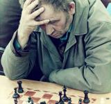 Free Photo - Chess player