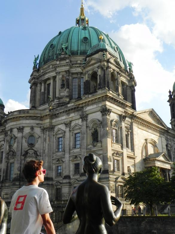 Free Stock Photo of A statue regarding Berlin Church Created by Michele Prudente