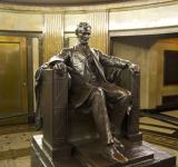 Free Photo - Abraham Lincoln Statue