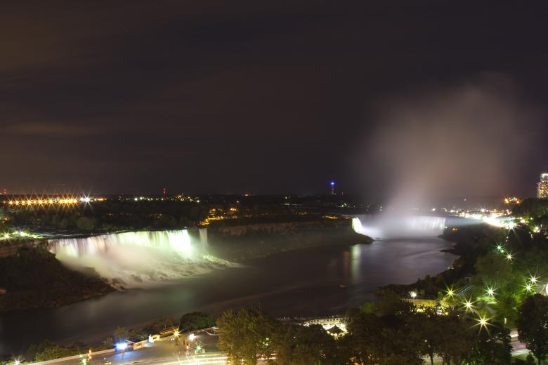 Free stock image of Niagara Falls created by Geoffrey Whiteway