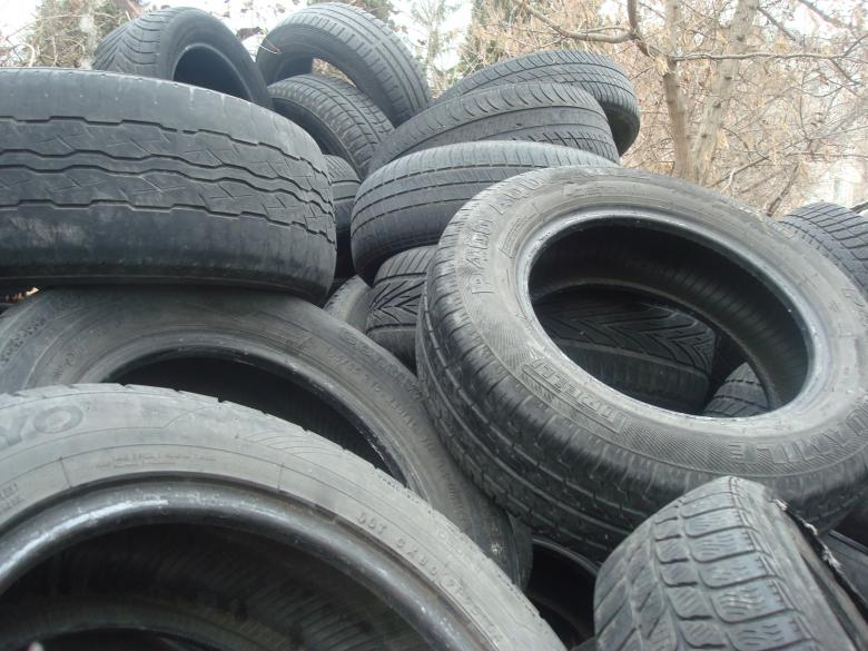 Free Stock Photo of Old tires Created by Boris Kyurkchiev