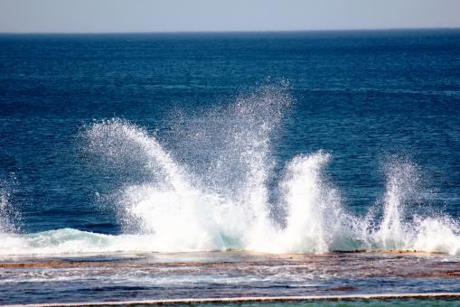 Breaking Waves - Free Stock Photo