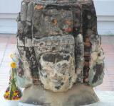 Free Photo - Buddha Faces Stone Statue