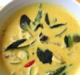 Free Photo - Thai Green Curry