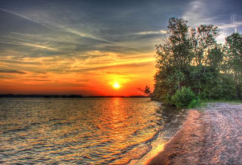 Sunset over Castle Rock lake - Free Stock Photo