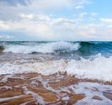 Free Photo - Breaking waves