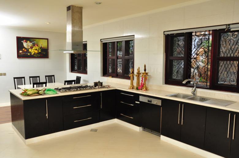 Royal Kitchen - Free Interior Stock Photos