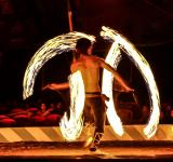 Free Photo - Fire acrobat