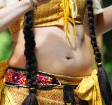 Free Photo - Belly dancer