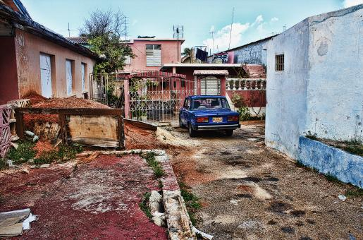Varadero alley - Free Stock Photo