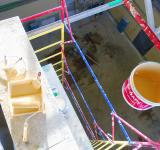 Free Photo - Yellow paint on work platform