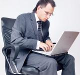Free Photo - Businessman using laptop
