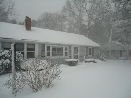 House in the snow - Free Stock Photo