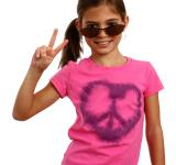 Free Photo - A cute young girl making a peace symbol
