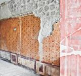 Free Photo - ancient room ruin wall