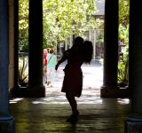 Free Photo - Silhouette of mother dancing with child