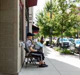 Free Photo - Sidewalk Mannequin