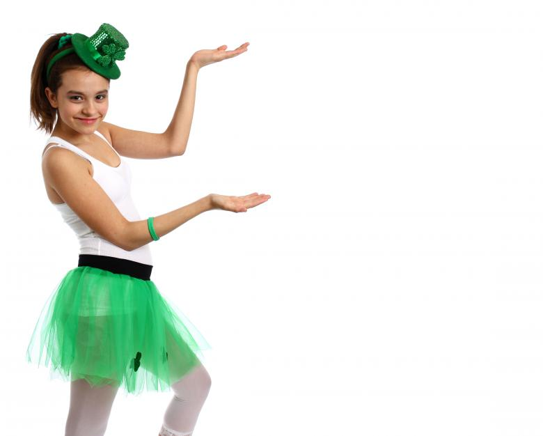 Girl dressed for Saint Patrick's Day Free Photo