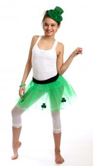 A girl dressed for Saint Patrick