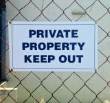 Free Photo - Private property keep out sign