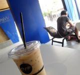 Free Photo - Iced Coffee and Customer in a Cafe