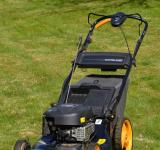 Free Photo - Lawn mower