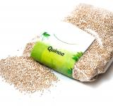 Free Photo - Quinoa grain on a white background