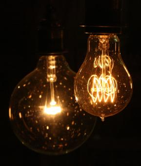Light bulbs - Free Stock Photo
